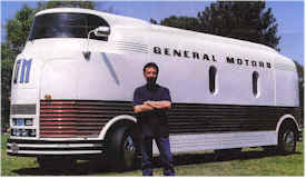 automobile brand 39 s of the past other gm futurliners. Black Bedroom Furniture Sets. Home Design Ideas